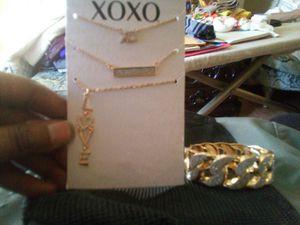 Bracelet and neckless set for Sale in Philadelphia, PA
