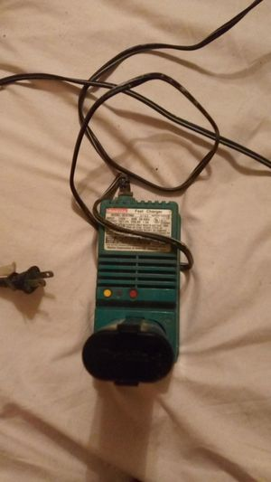 Battery charger for Sale in Hemet, CA
