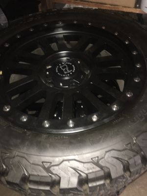 "Toyota Tundra 20"" wheels like new for Sale in Anaheim, CA"