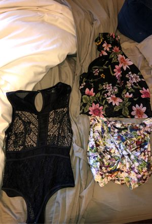 Guess and Haute Monde Summer Women's Tops for Sale in Las Vegas, NV