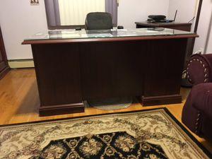 Office furniture desk and table for Sale in Queens, NY