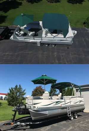 2006 Manitou Legacy Pontoon Boat and Trailer for Sale in Houston, TX