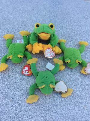 Lot of 4 collectible ty green frogs stuffed animal toys for Sale in Tampa, FL