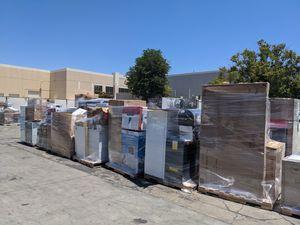 Home Depot Appliances lot MSRP $40,000 AC, Fridges, Fans, Microwaves, Vacuum, Dyson RCA etc for Sale in South El Monte, CA