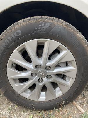 Trade: silver Prius rims for black Prius rims for Sale in Dana Point, CA