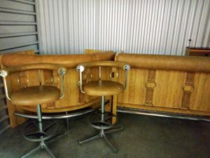 Bar and 2 stools for Sale in Rockville, MD