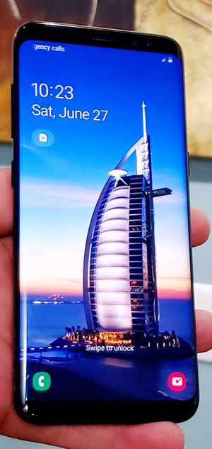 UNLOCKED SAMSUNG GALAXY S8 64GB WORKS GREAT WITH CHARGER AND NEW PROTECTOR TMOBILE ATT VERIZON METRO CRICKET AND WORLD USE for Sale in Atlanta, GA