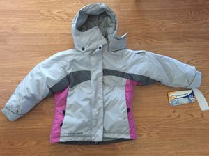 New Columbia convert kids snow jacket size 7/8 Smoke free and pet free household for Sale in Fremont, CA