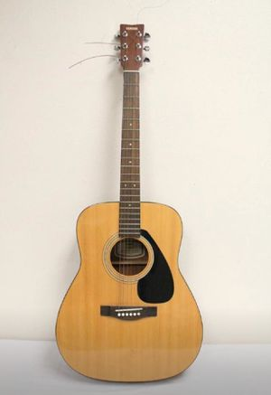 Yamaha acoustic guitar for Sale in Toledo, OH