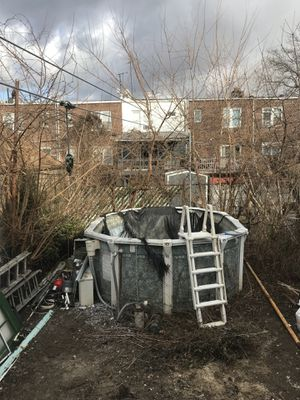 Above ground aluminum pool for Sale in Brooklyn, NY