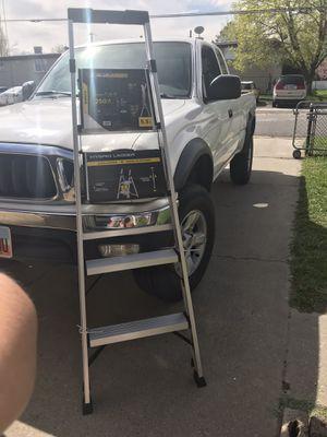 Gorilla ladder 5.5ft for Sale in Salt Lake City, UT