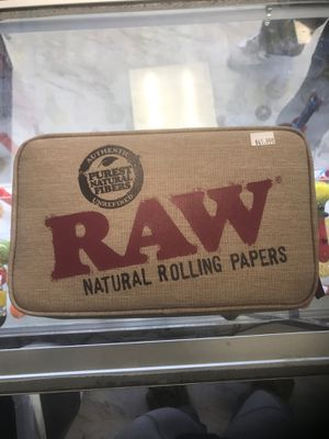 RAW SMOKING KIT BEANIE BAG AND TRAY INCLUDED! for Sale in Los Angeles, CA