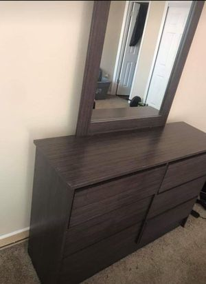 Bedroom Set - 4 piece for Sale in Manitou Springs, CO