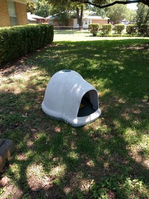 Dogloo II brand dog house for Sale in Irving, TX