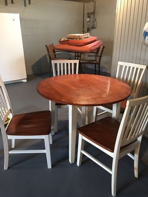 Drop leaf table set for Sale in Struthers, OH