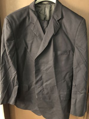 3 suits 4 shirts 1 pair of slacks for Sale in Chicago, IL