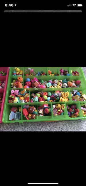 Over 100 shopkins and two cases make me a descant offer ! for Sale in Miami Lakes, FL