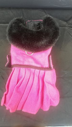 Small pink felt dog jacket with black fur collar for Sale in Lodi, CA
