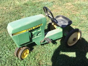 John Deere toy riding tractor for Sale in Monkton, MD