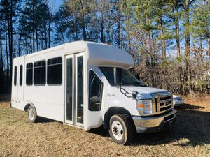 2010 Ford E-350 passenger bus 163000 miles for Sale in Raleigh, NC