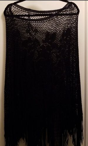 Gorgeous Netted Rose Design Poncho for Sale in Clementon, NJ