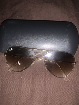 Ray ban sunglasses for Sale in Brooklyn Park, MD