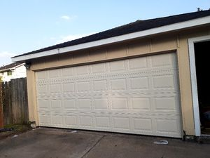 GARAGE DOOR and opener for Sale in Houston, TX