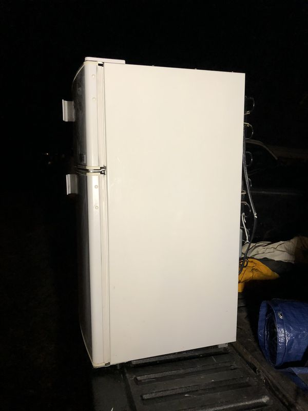 Micro Fridge off white mini refrigerator w freezer