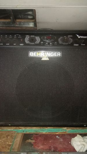 Behringer Vampire Ampllifier for Sale in Washougal, WA