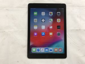 """(AT&T) Apple MP2D2LL/A 9.7"""" 128 Gb iPad (5th Generation) With Charger & Case $229.99 for Sale in Tampa, FL"""