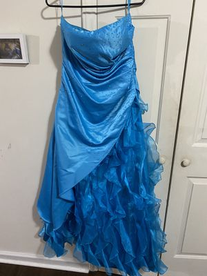 Womans formal party prom dress sz 13/14 for Sale in Knightdale, NC