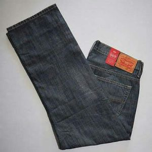 """Levi's """"569"""" Mens Blue Jeans (38W x 32L) NWT for Sale in Silver Spring, MD"""
