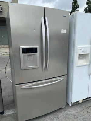 FRENCH DOOR KENMORE ELITE REFRIGERATOR for Sale in Oceanside, CA