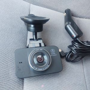 Rand Mcnally Dashcam Like New Include 32 Gb SD Card for Sale in Modesto, CA