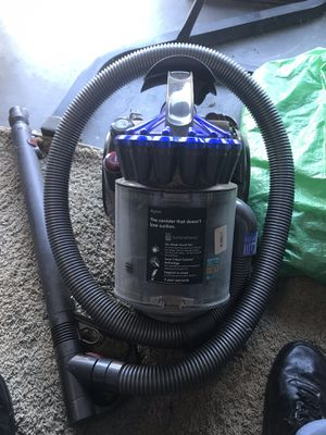 Dyson canister vacuum for Sale in Los Banos, CA