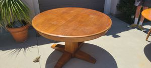 Kitchen table with leaf for Sale in Perris, CA