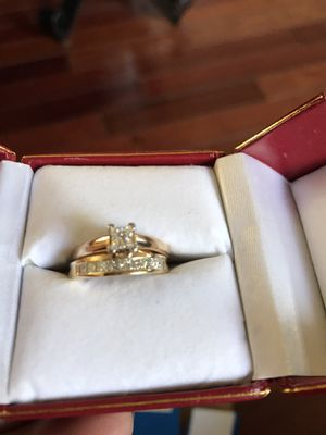 1.55pt Diamond engagement ring and wedding band for Sale in Richmond, CA