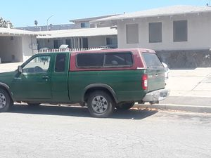 Camper para nissan frontier 2002 for Sale in Salinas, CA
