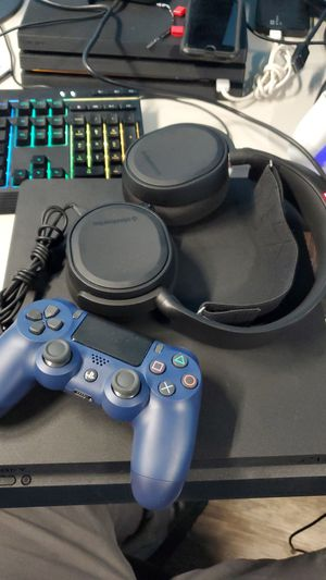 Playstation 4 slim with headphones for Sale in New Britain, CT
