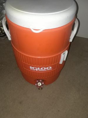 BRAND NEW IGLOO COOLER for Sale in Silver Spring, MD