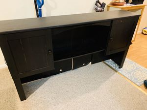 """Large desk hutch for sale! 5'5"""" W x 34"""" L for Sale in FX STATION, VA"""