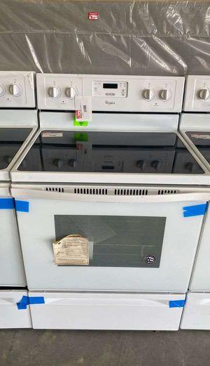 Whirlpool WFE320M0EW electric stove 🔥🔥🔥 AV for Sale in Houston, TX