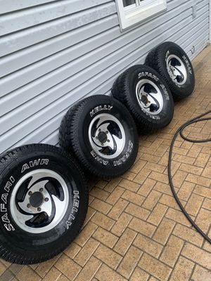 5x5.5 5x139 wheels, tires, center caps for Sale in Worth, IL