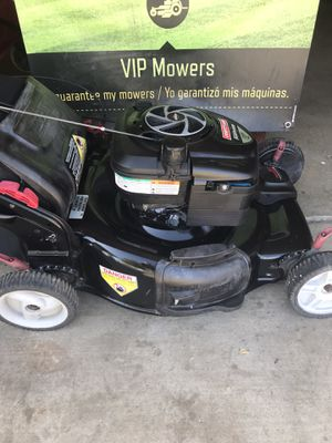 Lawnmower/ Lawn mower for Sale in Lake Los Angeles, CA