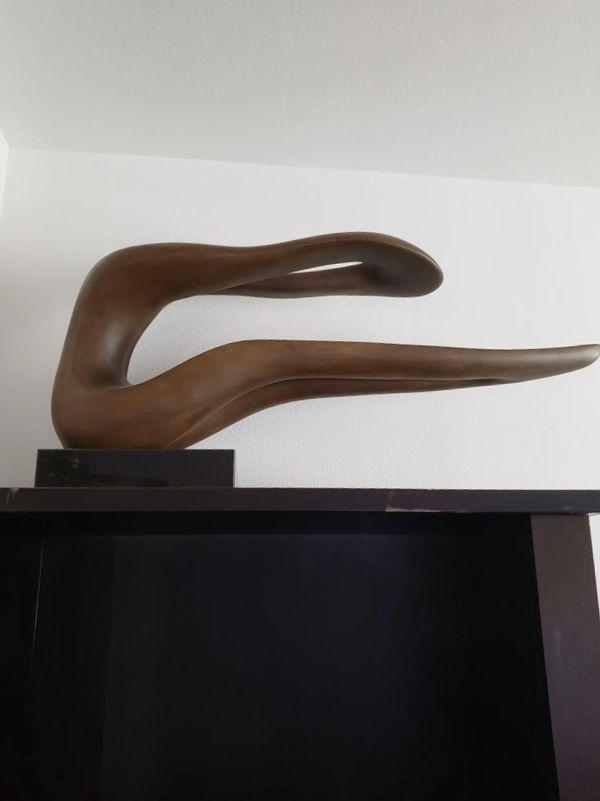 Light brown mahogany Wood Sculpture