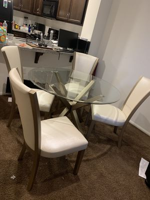 Dining Set of 5 piece for Sale in Pomona, CA