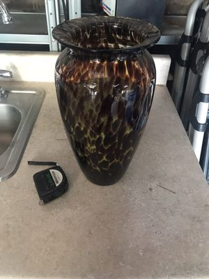 """Vase (Leopard Print) FREE 11"""" tall for Sale in Long Beach, CA"""
