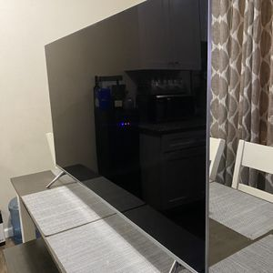 55 INCH SAMSUNG SMART TV 4K (8 SERIES ) for Sale in Commerce, CA