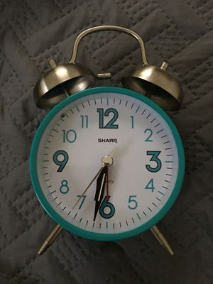 Sharp alarm clock with light, $7 for Sale in Tampa, FL