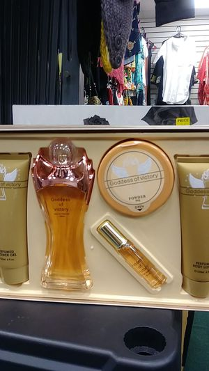 Goddess of Victory perfume set for Sale in Baltimore, MD